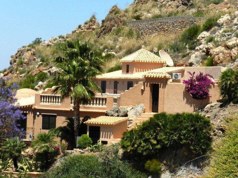 Casa Almandine / VTAR/AL/00198, aluguéis de temporada em Alfaix
