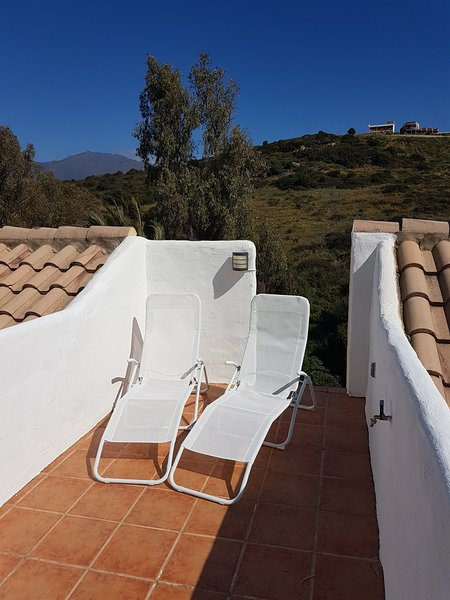3-bedroom townhouse near the beach, vacation rental in Casares del Sol