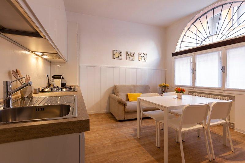 CASA FISCHER - 1. appartamento moderno in città, casa vacanza a San Benedetto Po