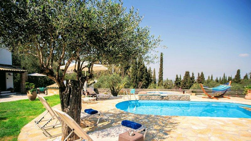 pool area-villa Claire:holiday private villa in central Corfu close to resort
