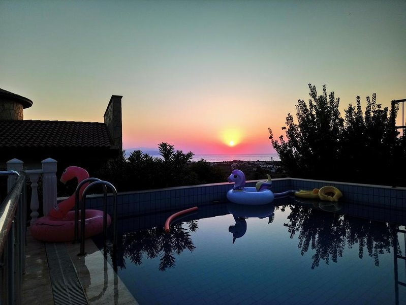 Deluxe Villa with Stunning Panoramic Sea Views and Private Swimming Pool, vacation rental in Sogucak