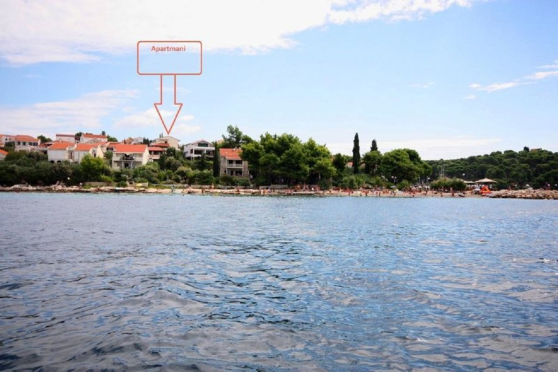 ZB C3(2+1) - Maslinica, vacation rental in Maslinica