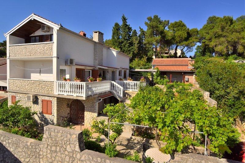 Luce A2(2+1) - Mali Losinj, vacation rental in Lošinj Island