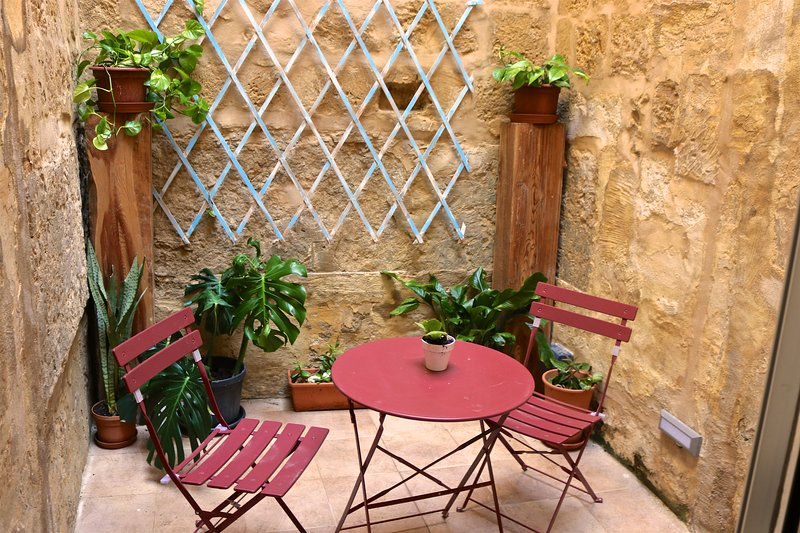 Cosy Haven in Gozo, holiday rental in Victoria