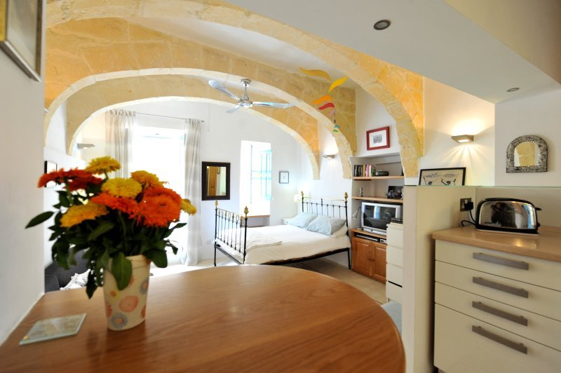 Studio apartment Apt.3, alquiler vacacional en Floriana