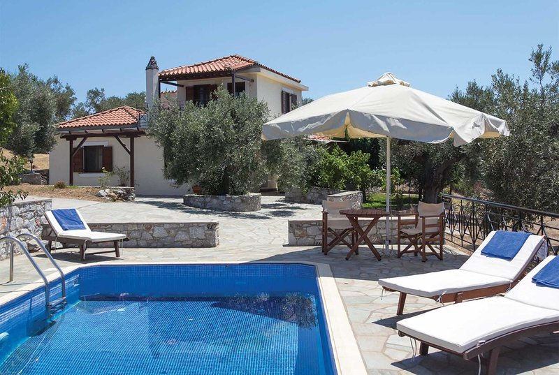 Villa with sea views,short drive from town/beaches, vakantiewoning in Panormos