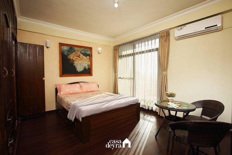 Grand Penthouse at Jhamel by Casa Deyra, holiday rental in Dakshinkali