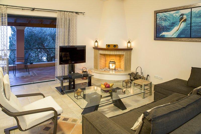 Achilleion Villa Sleeps 14 with Pool - 5782408, holiday rental in Dafnata