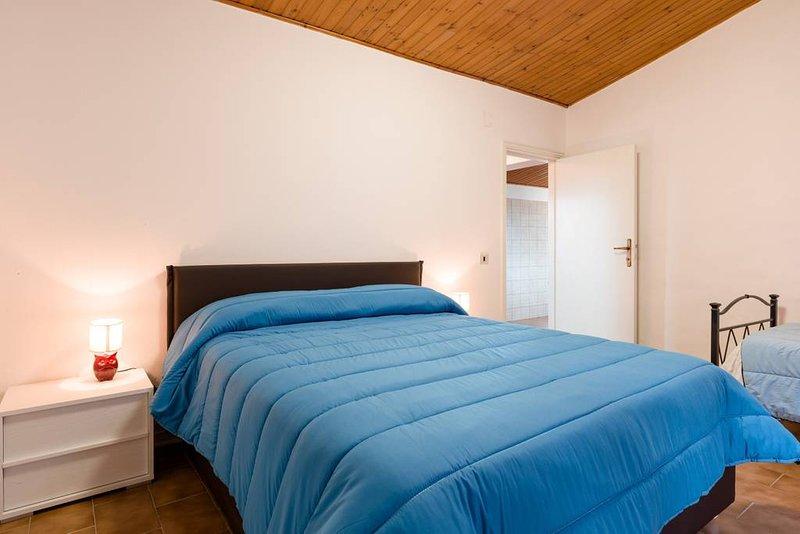 Beautiful apartment with garden, aluguéis de temporada em Cantiano