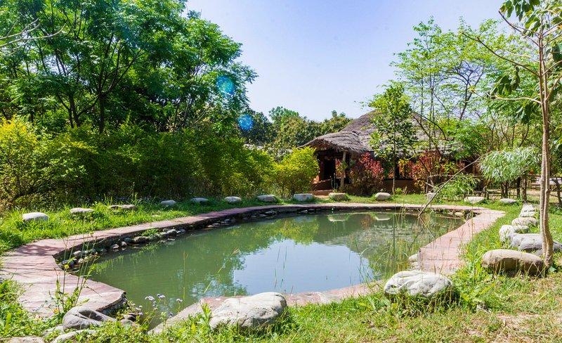 Camp Hornbill Corbett, holiday rental in Teda