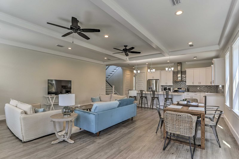 Book a stay at this lavish 4-bedroom, 4.5-bathroom vacation rental home!