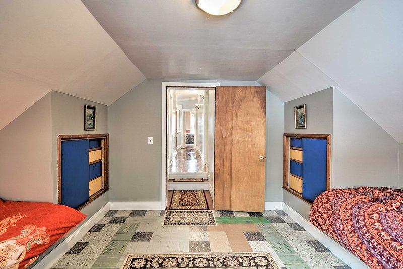 Das letzte Schlafzimmer bietet 2 Einzelbetten.