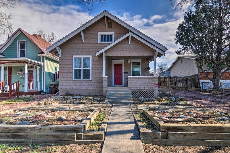 Esta encantadora residencia se encuentra a pocos pasos de Old Colorado City.