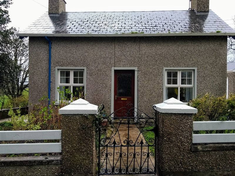 Station Cottage, vacation rental in Armoy