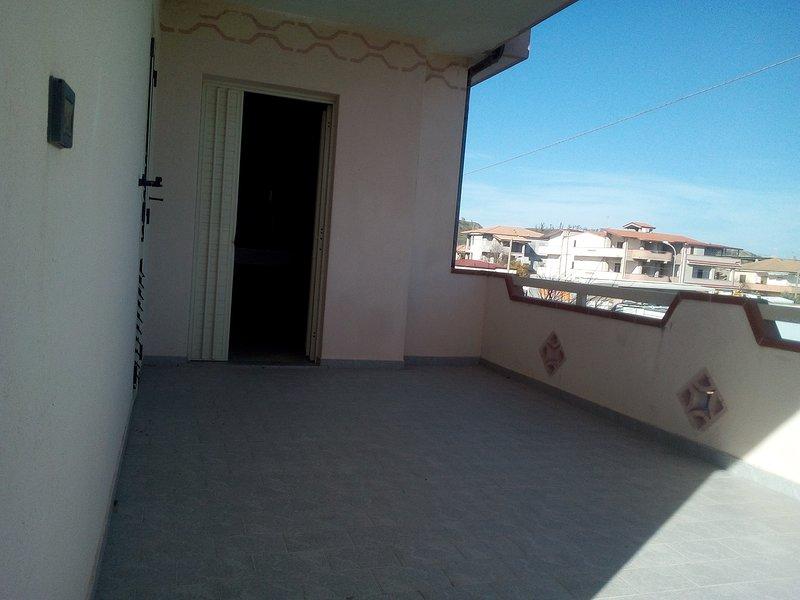 villa 300m dal mare, vakantiewoning in Sellia Marina