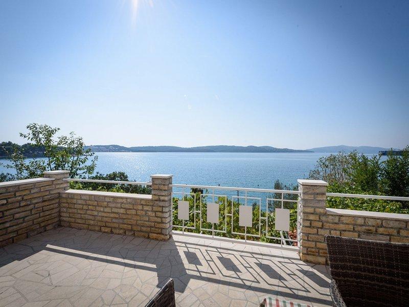 Mihaela A2(4) - Trogir, vacation rental in Gornji Seget