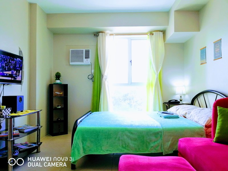 Cozy Studio near Manila Airport with Unlimited WiFi, vacation rental in General Trias