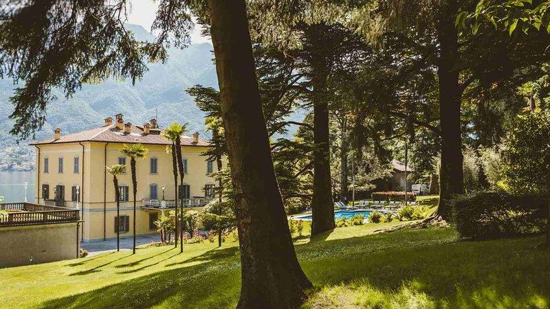 Luxury villa Brezza, holiday rental in San Fermo della Battaglia