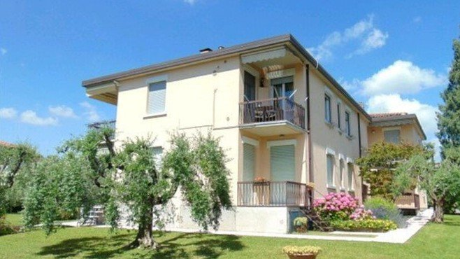 Appartamento Martina, holiday rental in Moniga del Garda