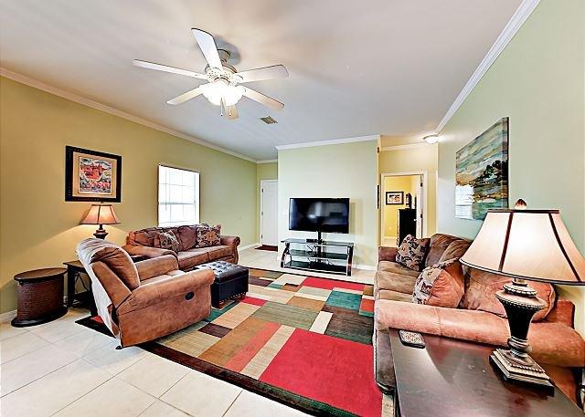 Ranch-Style Condo, Pool, Screened Patio & Premium Cable/Internet w/ Sports, location de vacances à Orange Beach