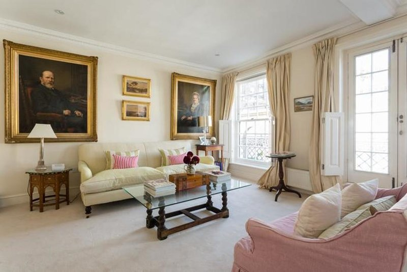 London Home 114, Imagine Your Family Renting a Luxury Holiday Home Close to, holiday rental in Willesden