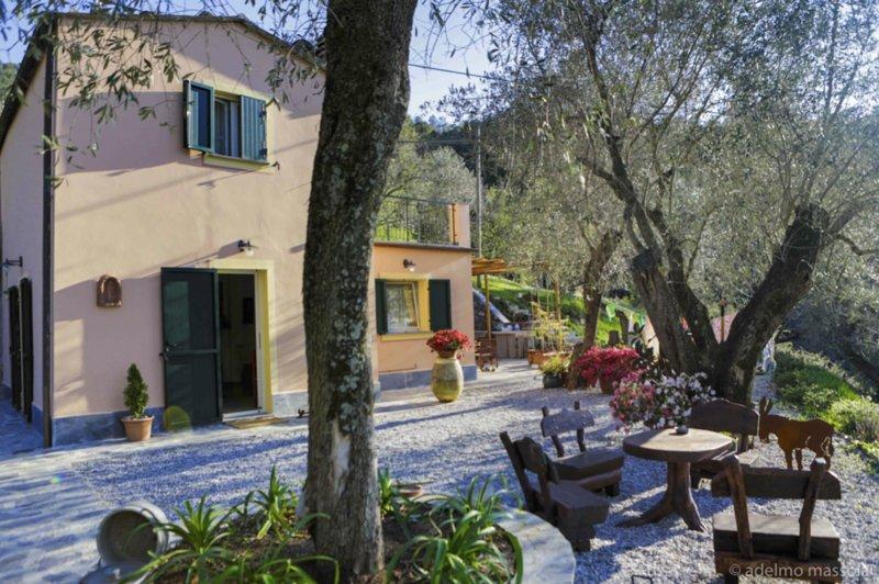 Charming Villa Trinchetto, location de vacances à Levanto