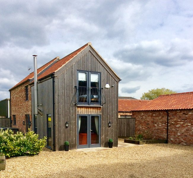 Redroofs Barn, holiday rental in Markham Moor