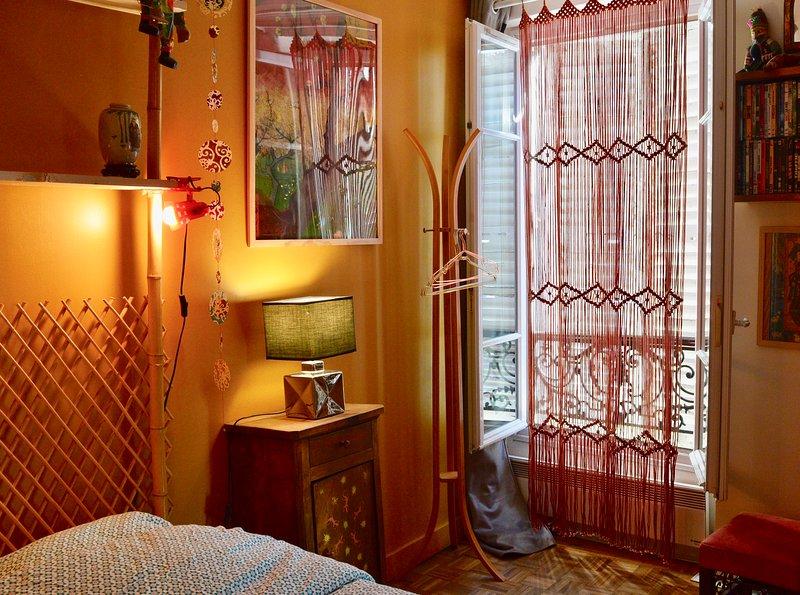 Petit nid bohème au pied de la butte Montmartre, holiday rental in Paris