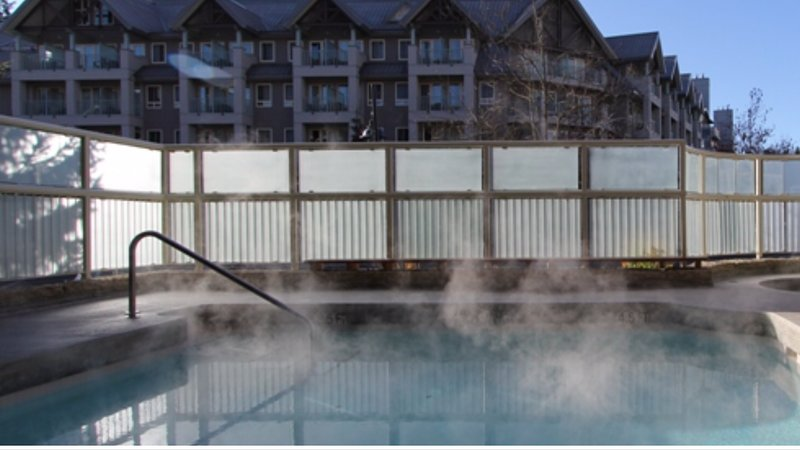 Whistler!! Major Fun -Tyndall Lodge 2bd/2ba AVAILABLE : MAY 31 & JUNE 3- JUNE 5 Chalet in Whistler