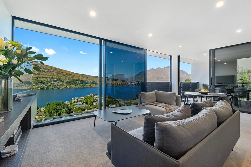 The Bunker House B, holiday rental in Lower Shotover