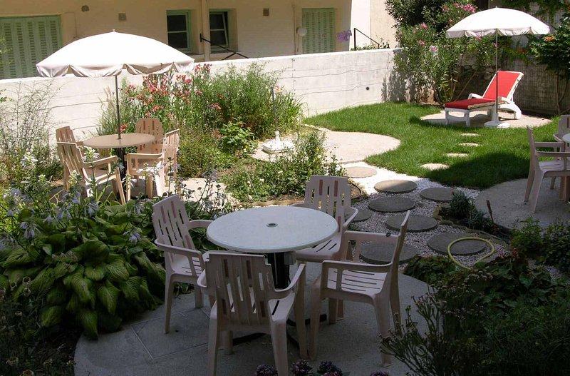 Résidence le Roussillon studio N°5 A 500m des thermes, location de vacances à Corsavy