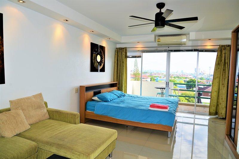 Central Pattaya Plaza Condotel, aluguéis de temporada em Nong Prue