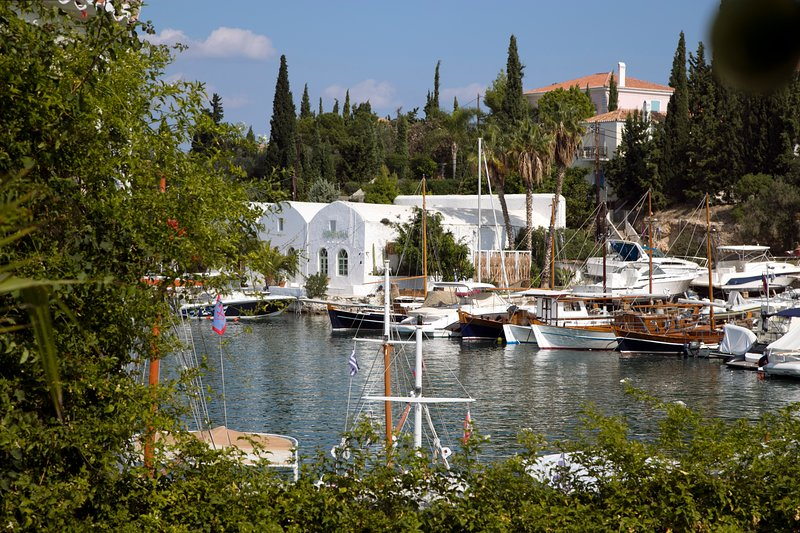 Villa Piou, holiday rental in Spetses Town