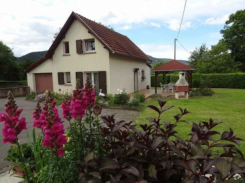 Nice property with terrace & Wifi, holiday rental in Balbronn