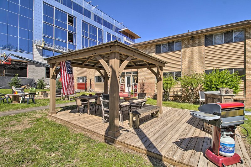 This vacation rental features amenities inside and out!
