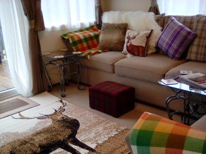 Comfy lounge !!