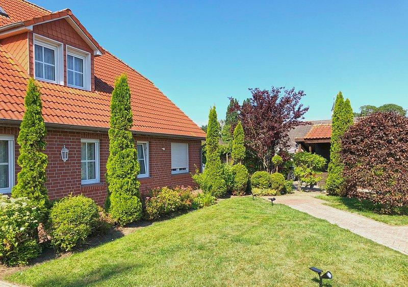 Plaque Cottage