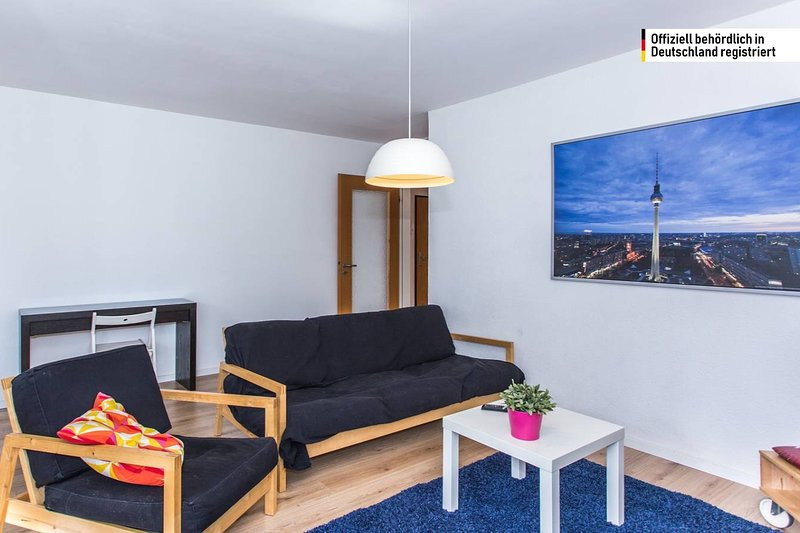 2-bedroom apartment near the water in Friedrichshain, location de vacances à Neuenhagen