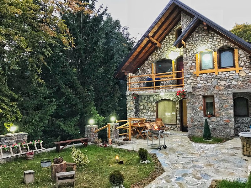 Chalet Kujta 2, vacation rental in Pec