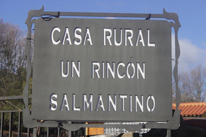 Casa Rural Un Rincon Salmantino, holiday rental in Acebo