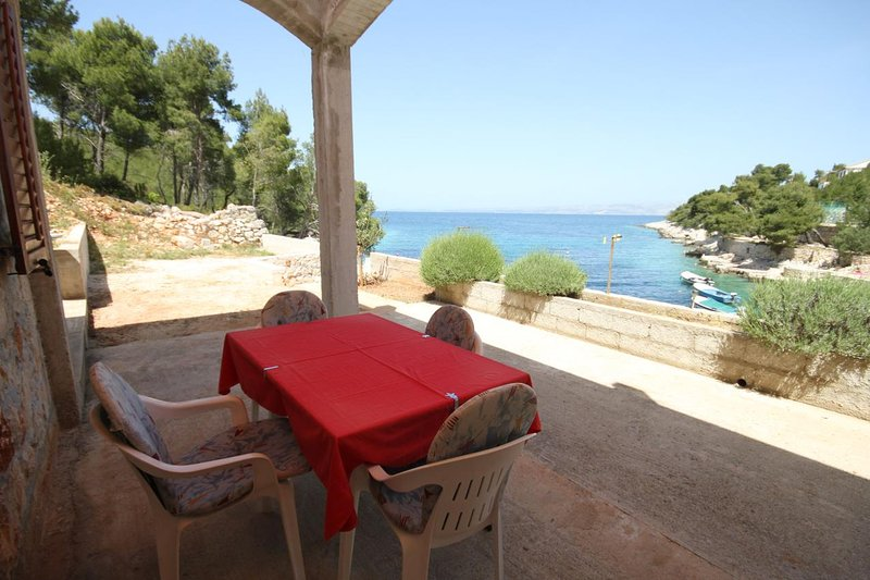 Stiniva Apartment Sleeps 3 with Air Con - 5468837, holiday rental in Brusje
