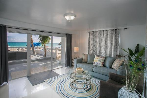 El Zafiro: Aquamarine Suite- Breathtaking views!, vacation rental in Simpson Bay