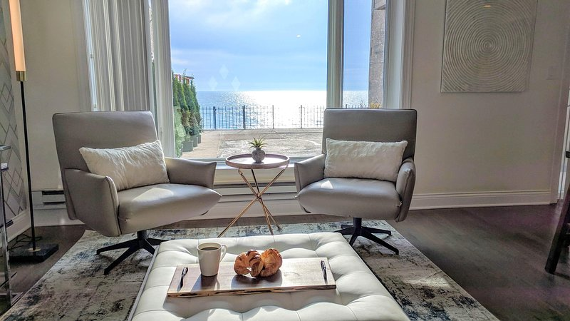 Beach House Chicago, holiday rental in Lincolnwood
