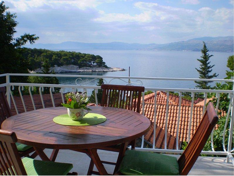 Lele H(6+1) - Splitska, holiday rental in Splitska