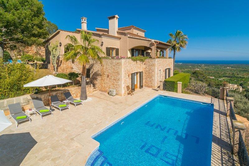 SOL I LLUNA - Villa for 8 people in s'Horta, location de vacances à S' Horta