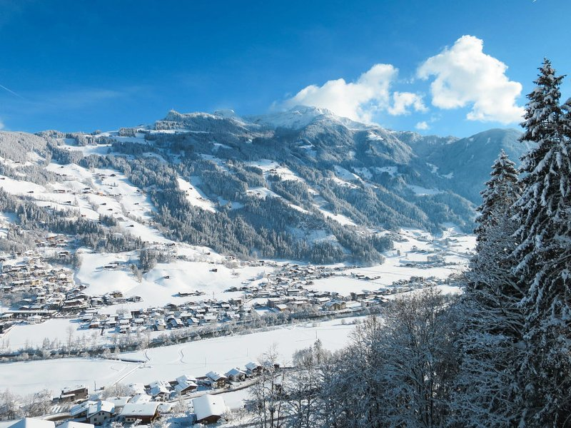 Wegscheider (MHO326) Chalet in Mayrhofen