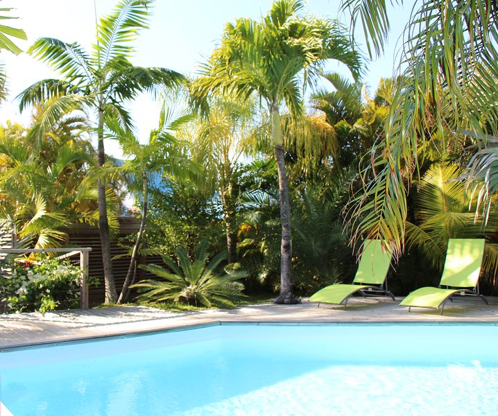 Studio indépendant+ piscine, location de vacances à Saint-Joseph