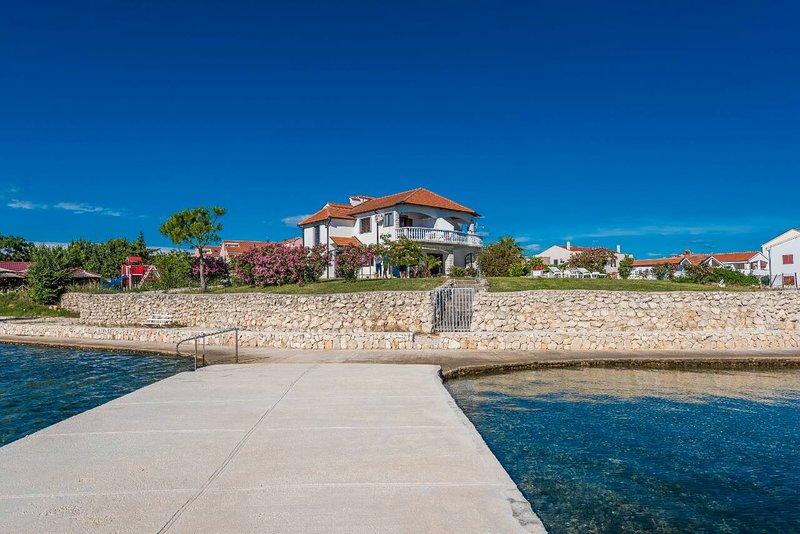 TOP LOCATION, WONDERFUL SEA VIEW!!!, vacation rental in Privlaka