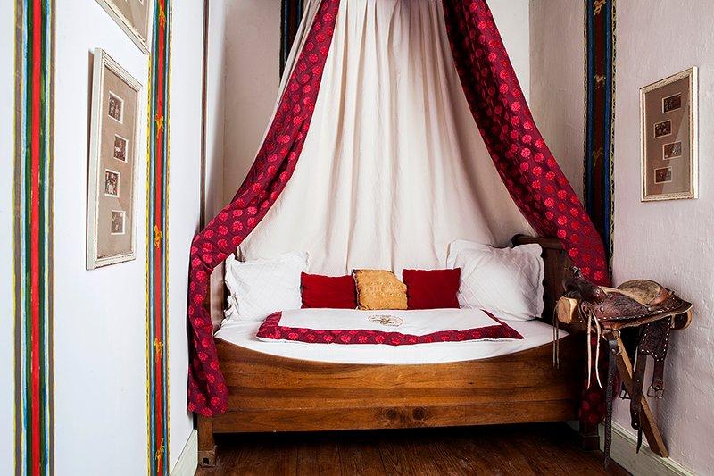 Le Logis Saint Martin, vacation rental in Saint-Martin-des-Combes