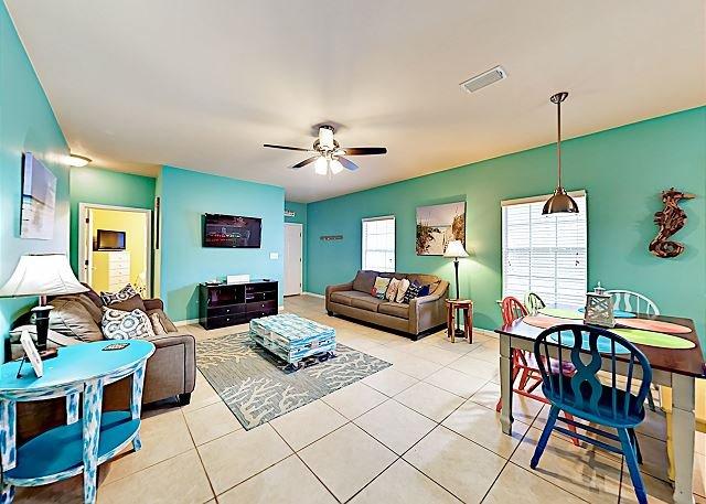 'PierPoint' Spacious Key West Inspired Villa, Close to Beaches, location de vacances à Orange Beach